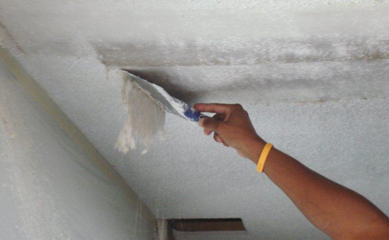 Как шпаклевать потолок своими руками новичку 74